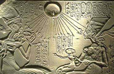 Nefertiti and Akenaten playing with their children
