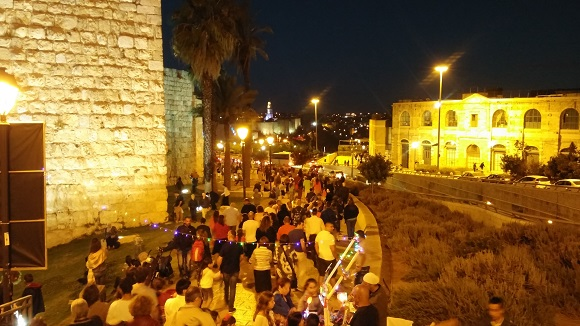 Touring Israel -  Tens of thousands come every night to see the Jerusalem Light Festival.