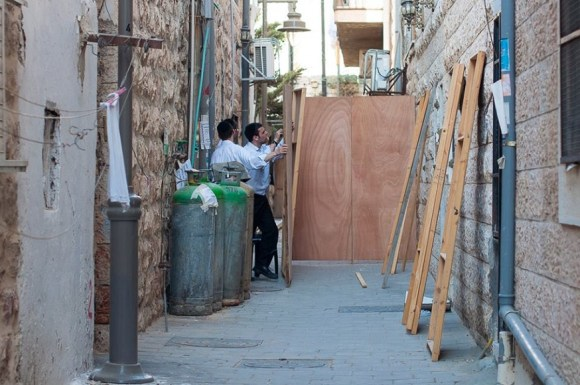 sukkot preparations in meah shearim by yitzy woolf 2