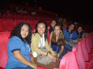 Madz sopranos batch 2007 watching the show. Mavic, me, Karlene, Bianca, Liaa, Rhina.