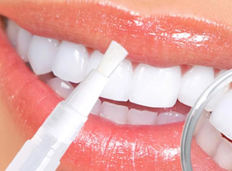 Pinceau pour blanchir les dents