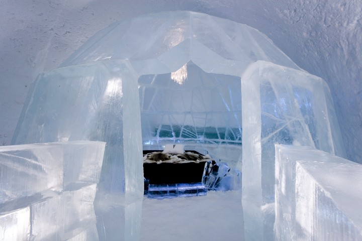 Icehotel bedroom