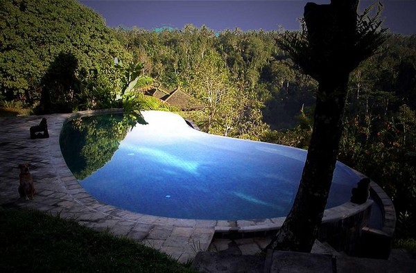 Infinity Pool Tourism on the Edge18