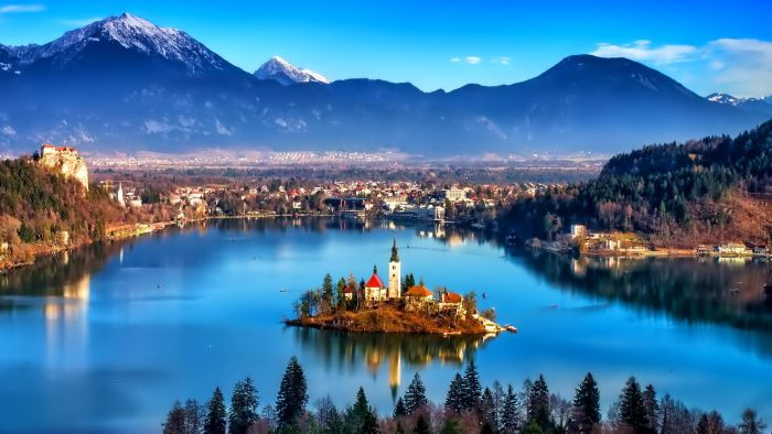 Amazing Lake Bled In Slovenia HD Desktop Background