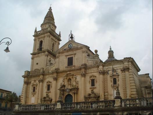 Prospetto frontale della Cattedrale di San Giovanni a Ragusa