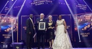 2019 Lilizela Tourism Awards winner River House Manor receiving their award
