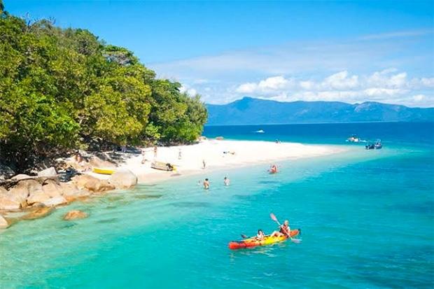 Fitzroy Island beach, Queensland