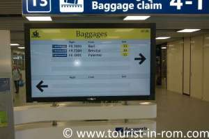 Fiumicino information monitor baggage belts
