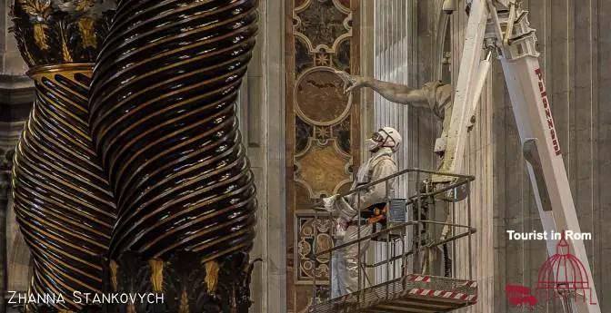 Christi Himmelfahrt Papstaltar St. Peter putzen
