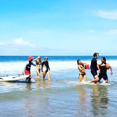 Neptune Surfing School