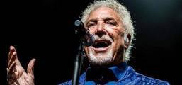 Tom Jones In Tel Aviv