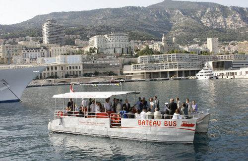 Monaco : succès pour le bateau bus !