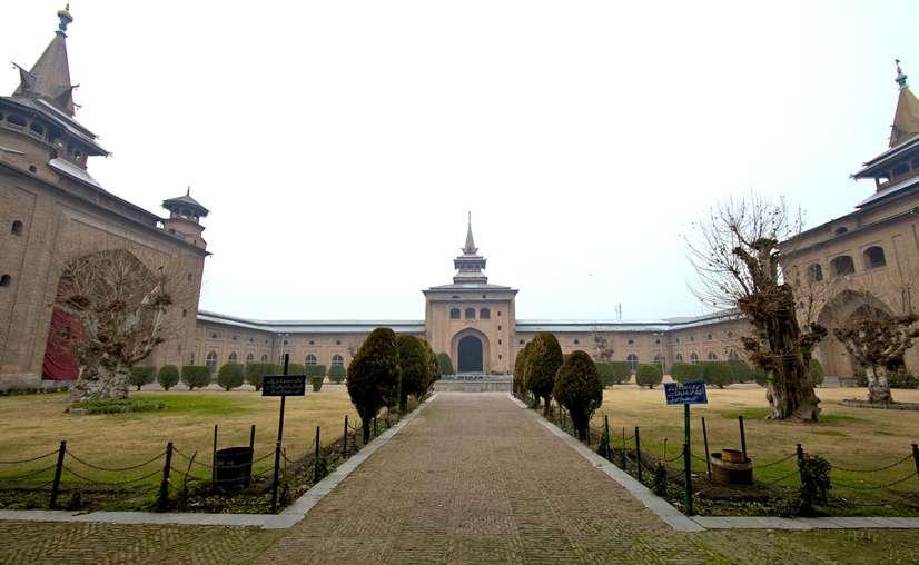 Jama Masjid Srinagar   History & Best Time to Visit   Kashmir