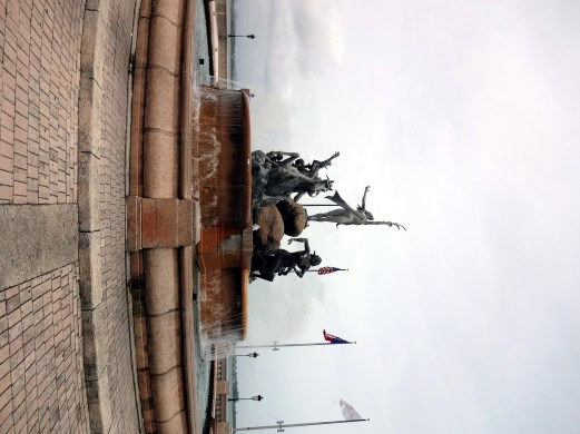 Raices Fountain