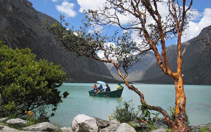 Resultado de imagen para Las Lagunas de Llanganuco