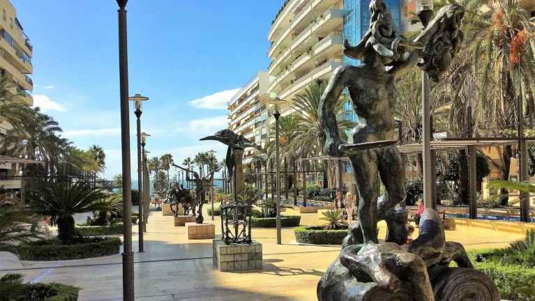 Marbella private trip with hotel pick-up