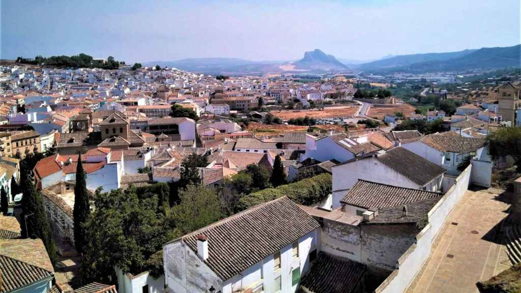 Antequera private trip with hotel pick-up