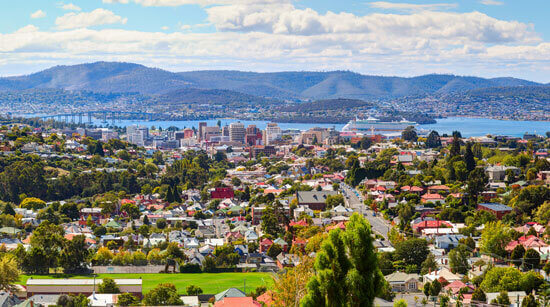 Best Places to visit in hobart,10 Best Places to Visit in Australia,Australia,visit Australia,Sydney,Adelaide,darwin,Hobart,Brisbane,Perth,Melbourne,Cairns,Alice Springs,Great Barrier Reef,