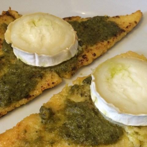 Toasts de polenta chèvre et pesto