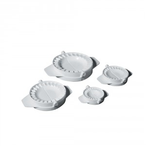 lot-de-4-moules-a-chaussons-5-7-10-13-cm