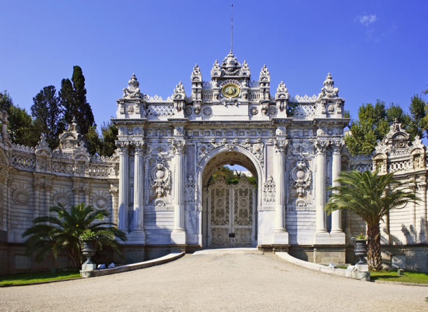 palais-dolmabahce-istanbul