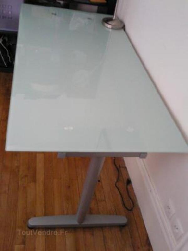 bureau en verre blanc galant ikea