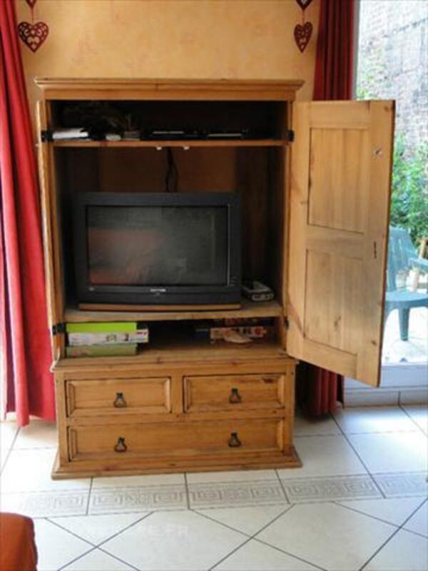 meuble tv ferme en pin bercheres saint
