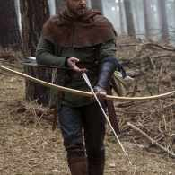 Russell Crowe's Robin Hood Ditches the Tights