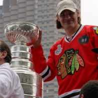 Video, Photos: Stanley Cup Shines in Chicago Gay Pride Parade