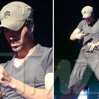 Enrique Iglesias Provides Customized Crotch Shots for His Fans