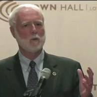 Watch: Smithsonian Sec'y Wayne Clough Defends Censorship of Gay Hide/Seek Exhibit