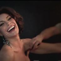 Countess Luann's 'Chic C'est La Vie' Video and Anderson Cooper's Housewife Pop Music Analysis: VIDEO