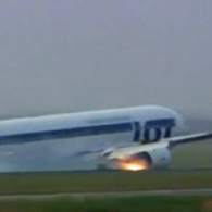 Plane Carrying 230 Passengers Lands on Belly After Wheels Fail: VIDEO