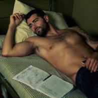Jesse Metcalfe Broods Shirtlessly in Sexy New Photoshoot