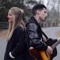 WATCH: Singing Duo Perform Acoustic Mashup of Taylor Swift's 'Blank Space' And 'Style'