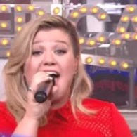 Kelly Clarkson Kills It On GMA With 'Since U Been Gone' – VIDEO