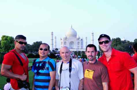 India with Zoom Vacations, ManAboutWorld gay travel magazine