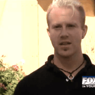 Gay Idaho Waiter Receives Hateful Religious Pamphlet As Tip: VIDEO