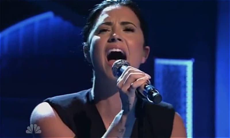Demi Lovato SNL