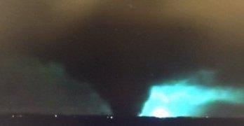 massive tornado strikes Dallas