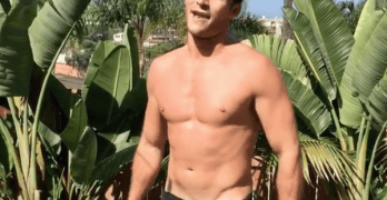 scott eastwood pushup