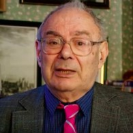 Lionel Blue, UK's First Openly Gay Rabbi, Dies at 86