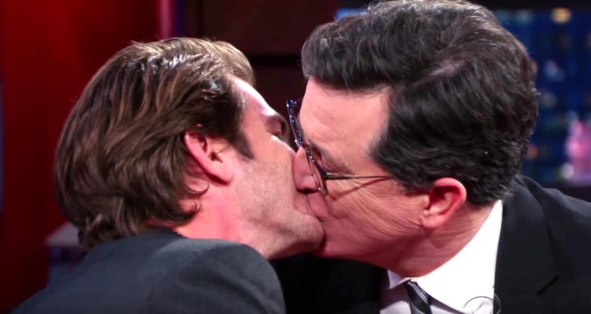 Andrew Garfield kiss Stephen Colbert