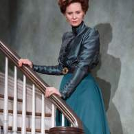 Cynthia Nixon and Laura Linney Tear It Up in Handsome Revival of 'The Little Foxes': REVIEW
