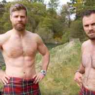 'Crack On' with The Kilted Coaches with an Ab Workout That Cuts to the Core: WATCH