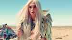 Kesha praying