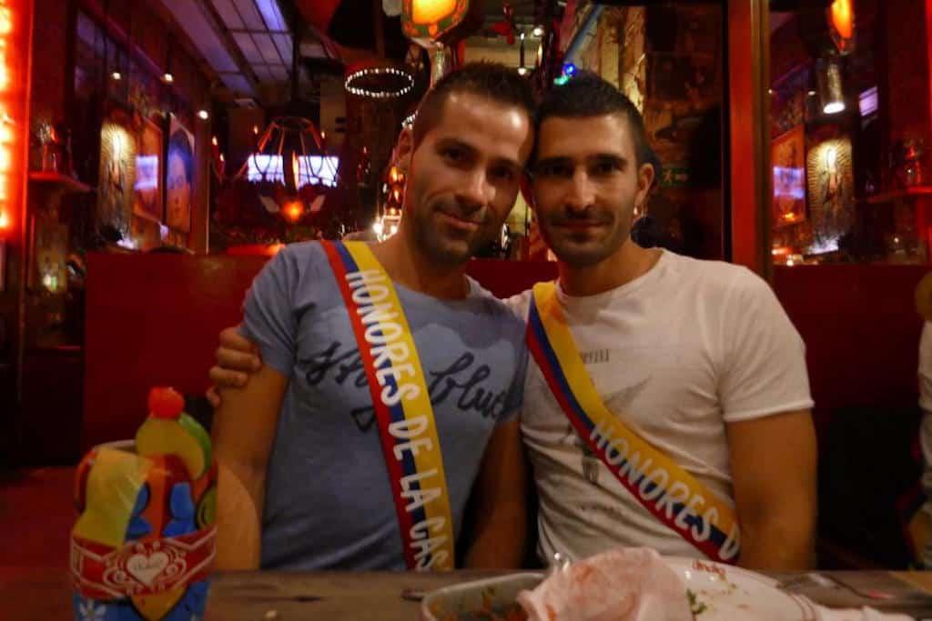 Bogot gay