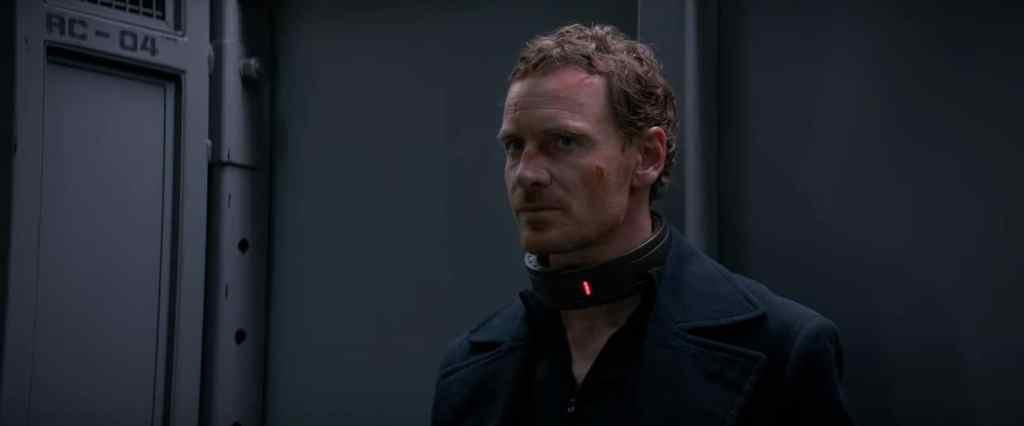 周末电影评论:'黑暗凤凰' -  Towleroad -darkphoenix-collared