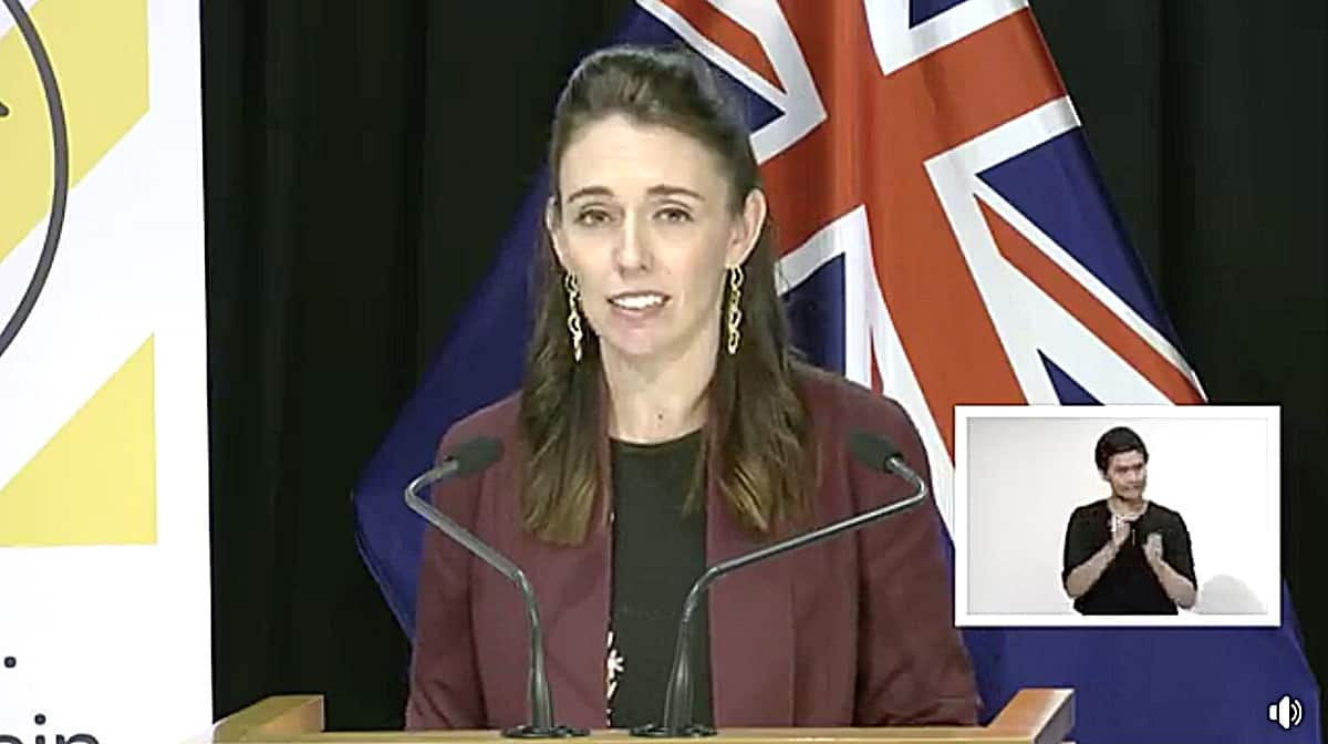 New Zealand begins easing lockdown