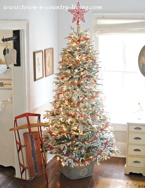 How Decorate White Christmas Tree